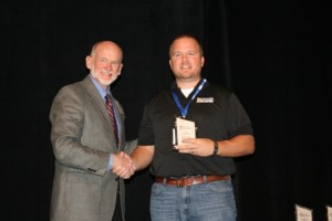 Daryl Starr (right), Advanced Ag Solutions