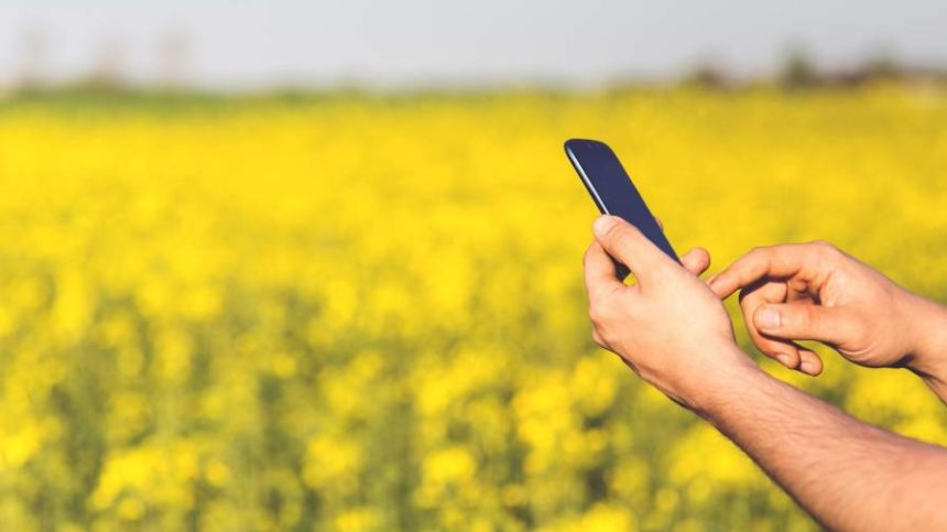 Why Are 570 Million Farmers Not Yet Using Agricultural Apps?