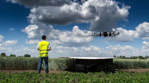 Drone-and-operator-Photo-courtesy-of-Kray-Technologies